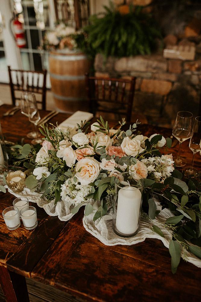 virginia-vineyard-wedding-flowers