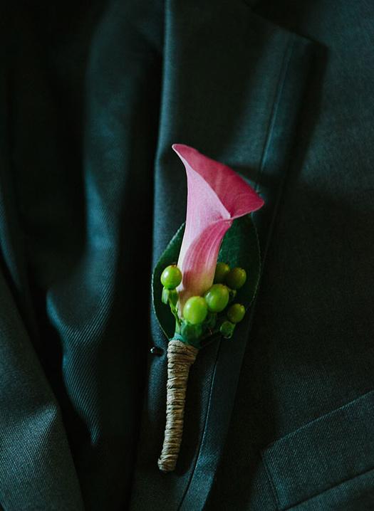 wedding-groom-flowers
