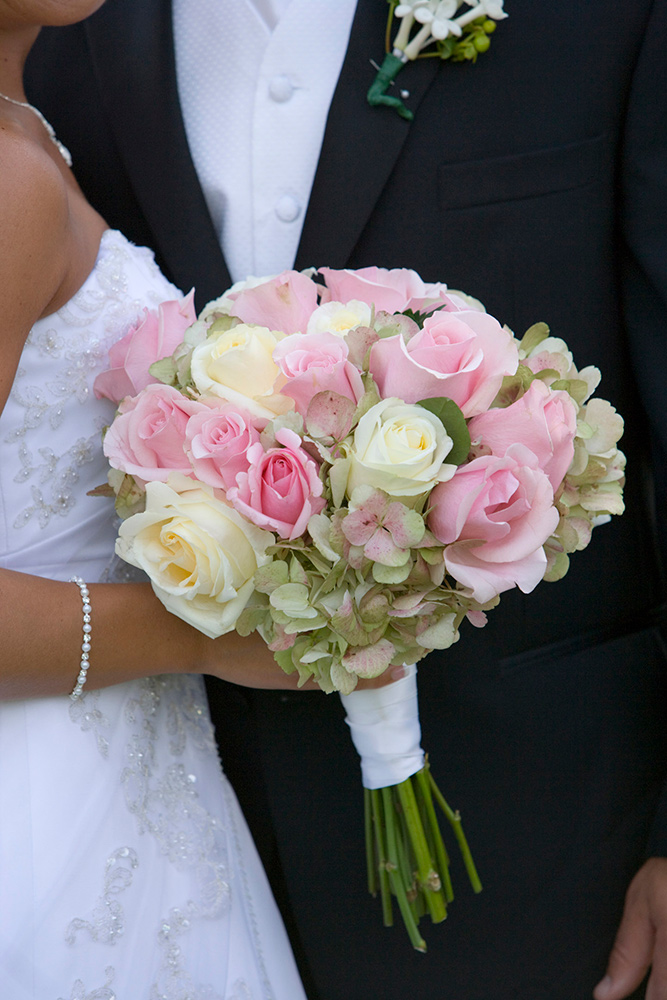 pink and cream wedding bouquet