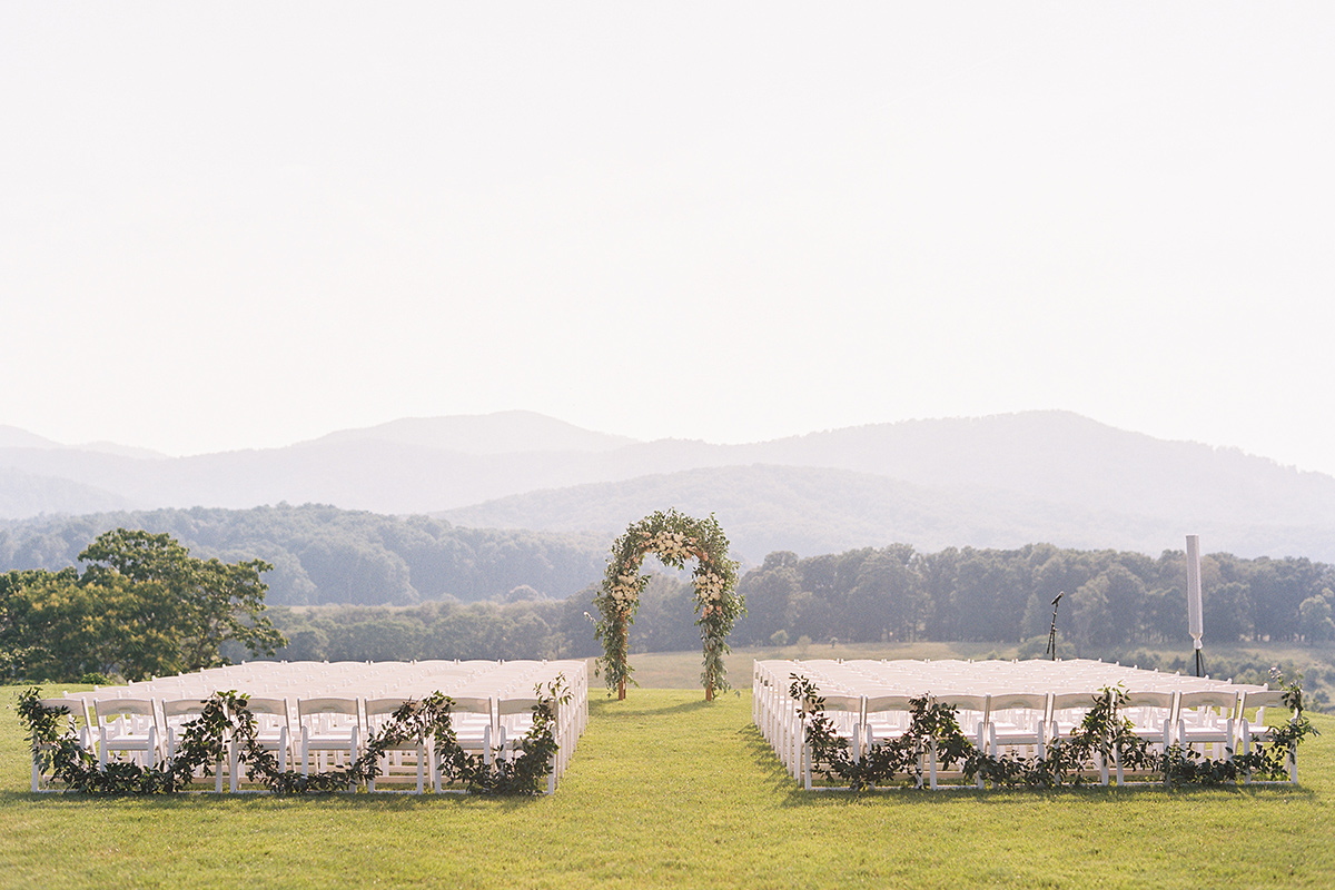 pippin-hill-wedding-outdoors