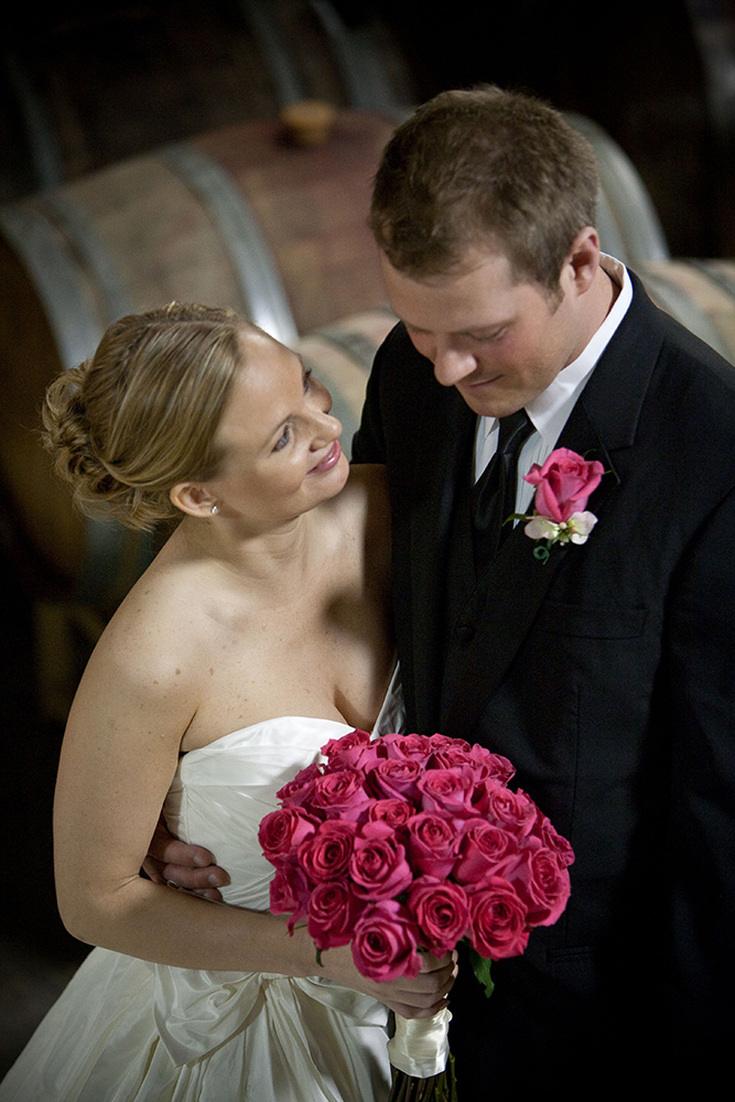 wedding-couple-pink-roses